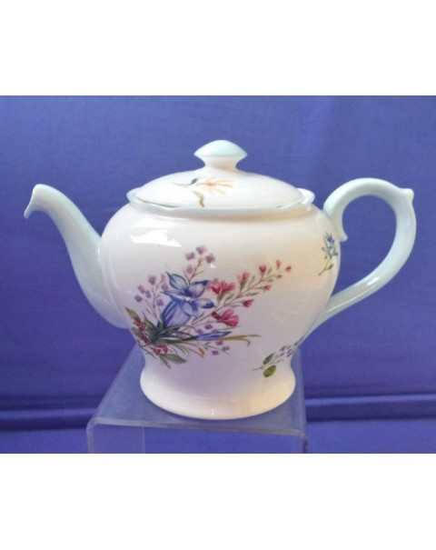 (OUT OF STOCK) SHELLEY  WILD FLOWERS VINTAGE TEAPOT